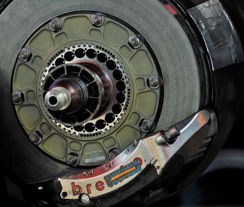 How F1 Brakes Work - autoevolution