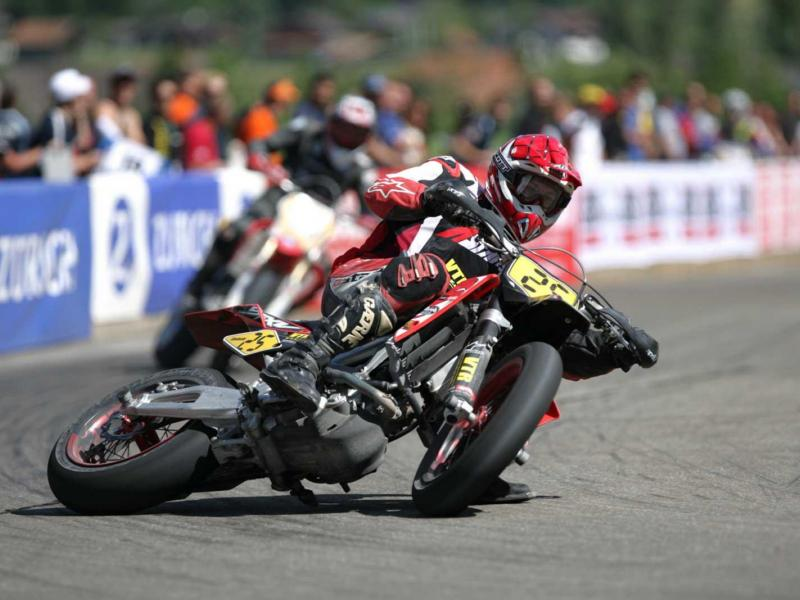 [Imagem: how-motorcycle-traction-control-systems-...9787_4.jpg]