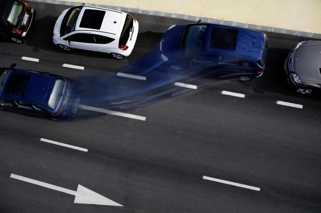 How SelfParking Cars Work Autoevolution - Audi self parking