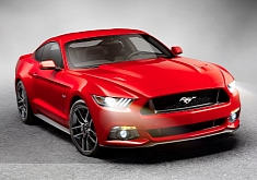 How the 2015 Mustang Stole Christmas