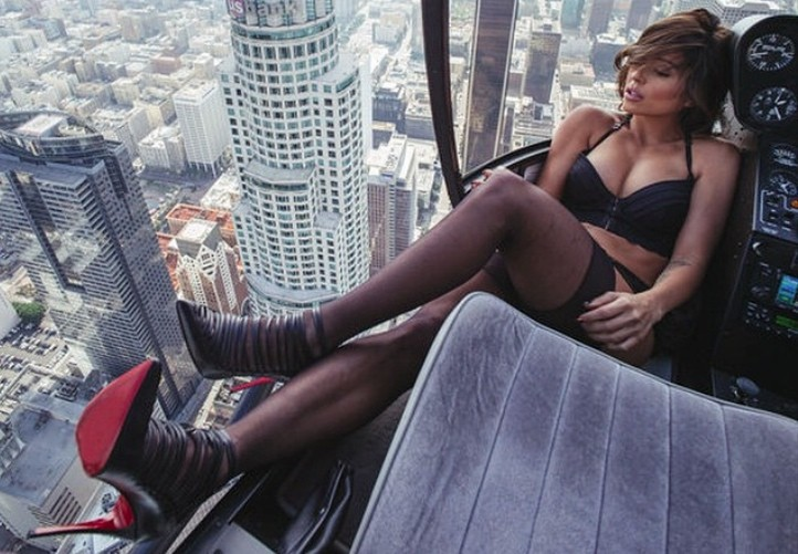 Hot Model In Lingerie Does Photo Shoot In Heli Taxi Flying