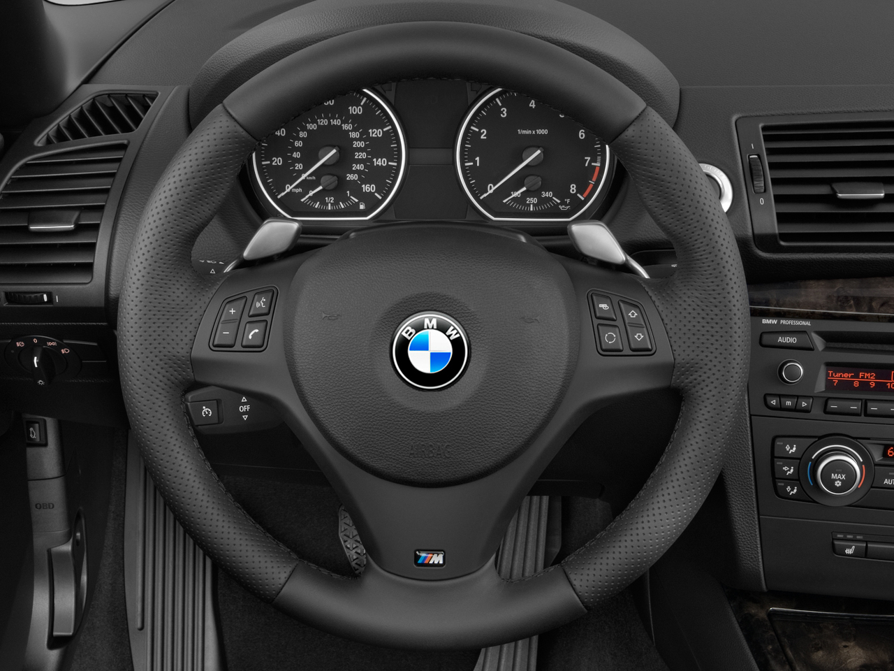 How to Change the Steering Wheel on Your BMW E90 3 Series