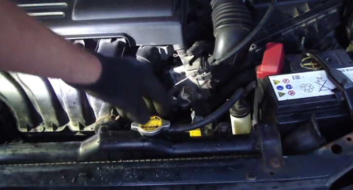 How To Flush Cooling System On 2001 Toyota Corolla