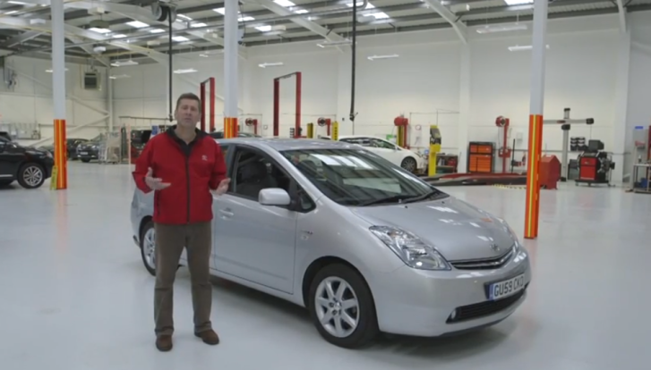 How to Pass MOT Test with Toyota Prius [Video]
