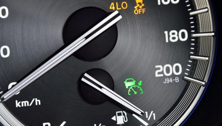 how to read toyota dashboard lights autoevolution