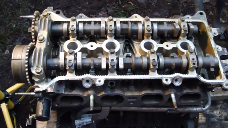 How to Remove Camshafts on Toyota VVTi Engine - autoevolution