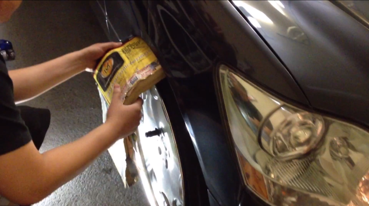 How to Roll Fenders With a Phonebook on Lexus LS [