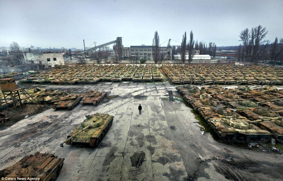 Hundreds of Abandoned Tanks Photographed at Secret ...