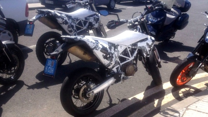 husqvarna 701 supermoto spied still looks largely like a. Black Bedroom Furniture Sets. Home Design Ideas