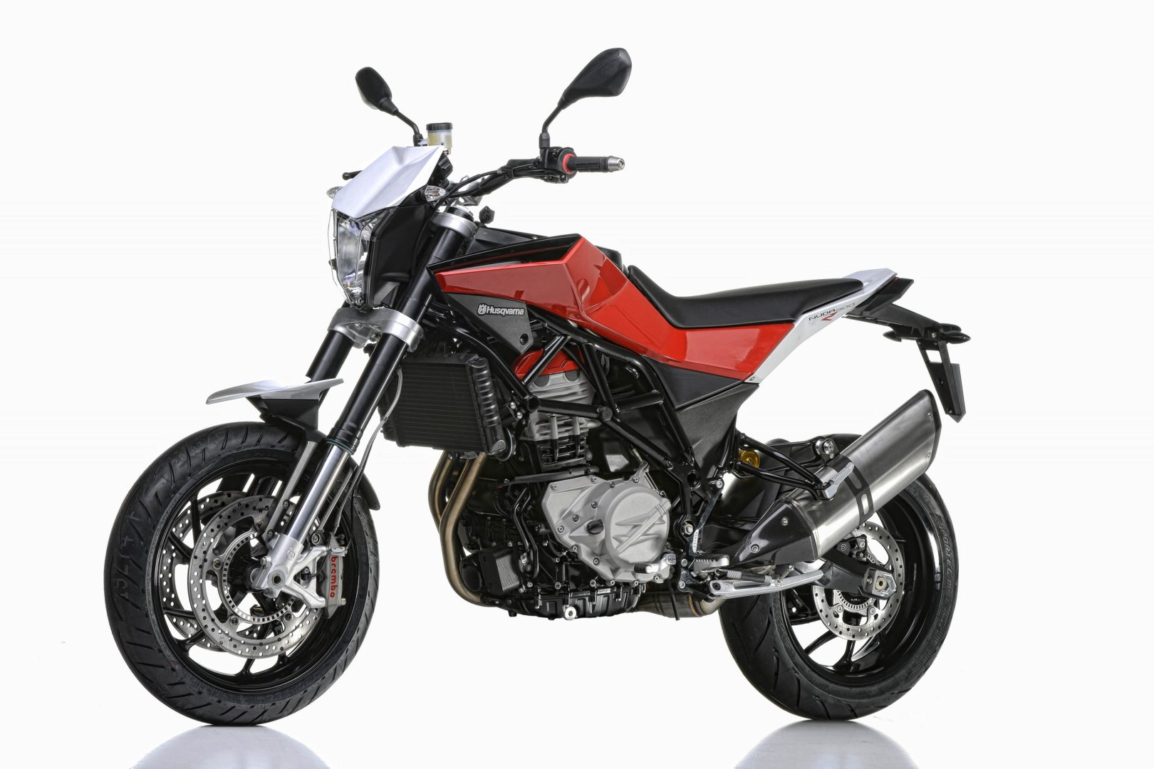 husqvarna nuda 900 abs 900 r abs europe and japan prices announced autoevolution. Black Bedroom Furniture Sets. Home Design Ideas