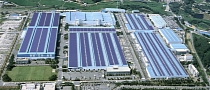 Hyundai Goes Green with Photovoltaic Rooftop Powerplant