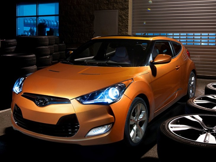 Hyundai Issues New Veloster Recall Over Shattering Sunroofs