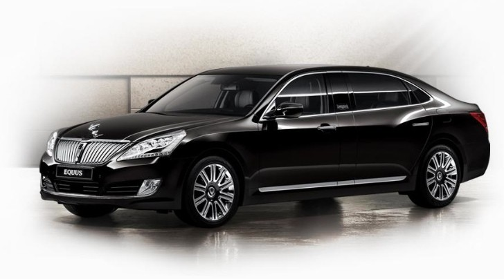 Hyundai Shows Off Facelifted Equus Luxury Sedan for 2013 [Photo Gallery]