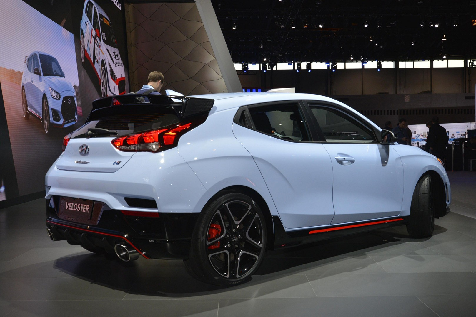hyundai veloster n and i30 n tcr show up in chicago autoevolution. Black Bedroom Furniture Sets. Home Design Ideas