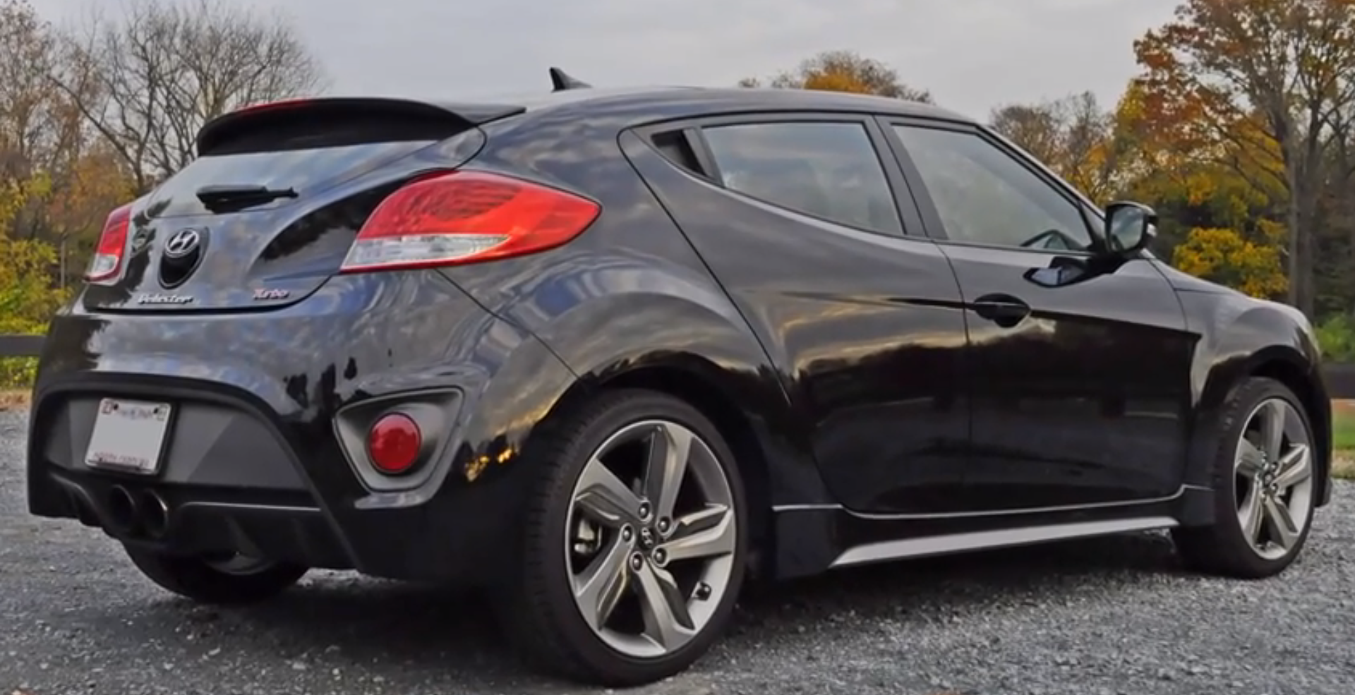 Electric Kids Cars >> Hyundai Veloster Turbo Is a Mutant from Total Recall - autoevolution
