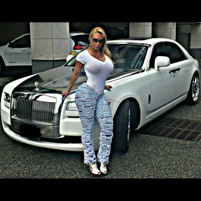 photo of Mary J. Blige Rolls-Royce Ghost - car