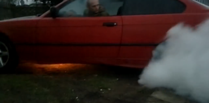 Idiot Destroys BMW E36 Coupe Doing Burnout [Video]
