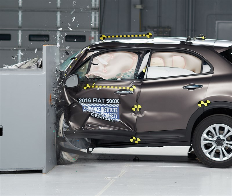 IIHS Says Cars Are Safer Than Ever