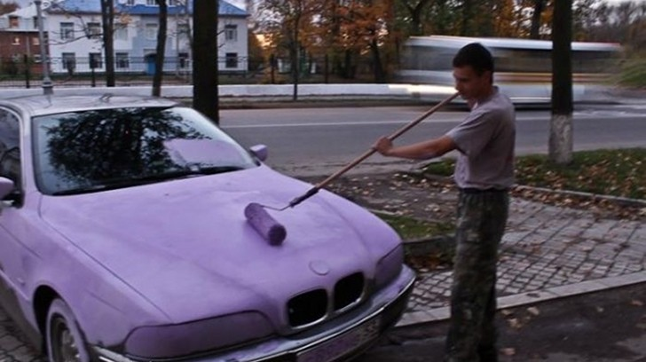 Illegal Parking in Russia: Free Pink Paint Job