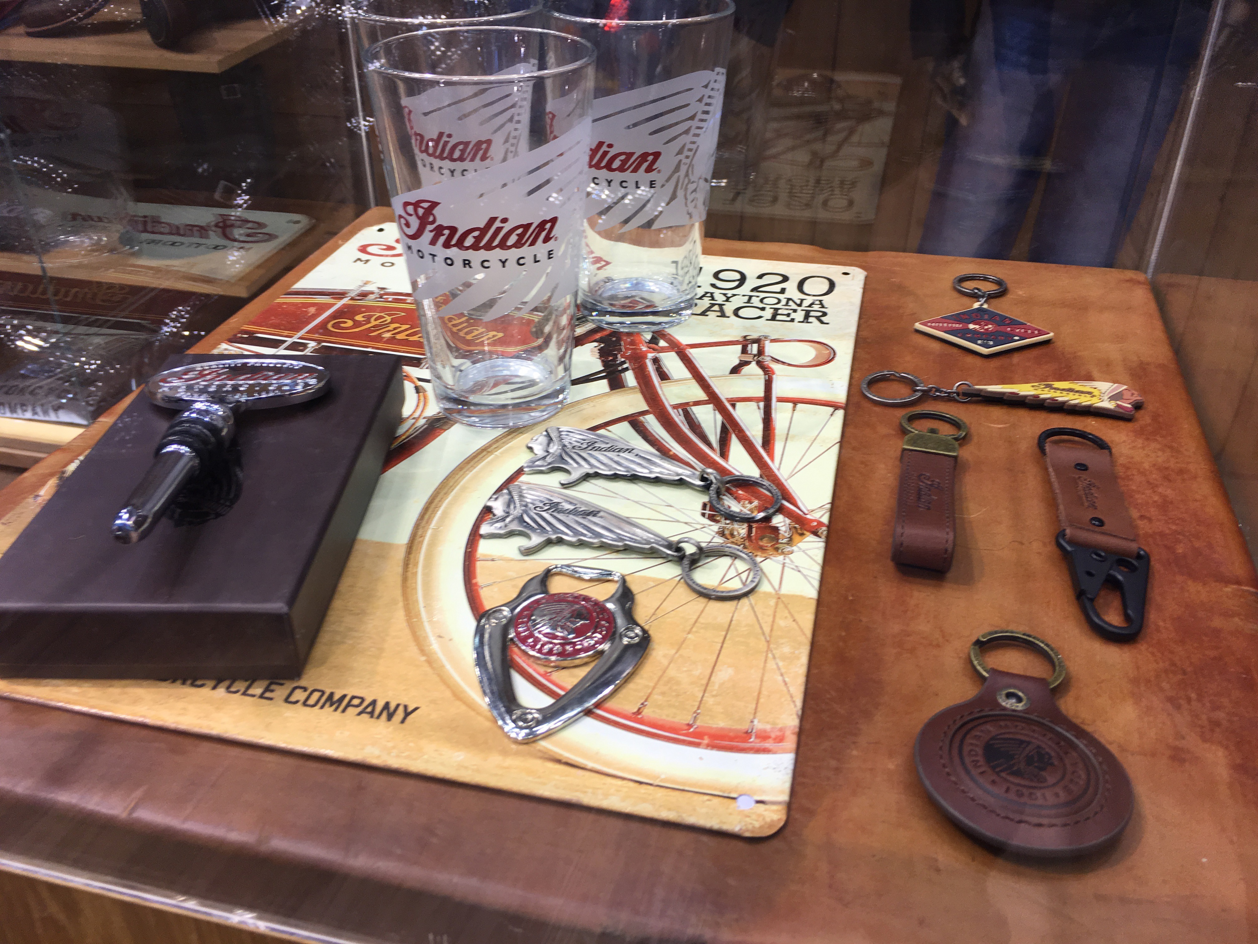Indian Motorcycle Shows Huge Christmas Gifts Collection - autoevolution