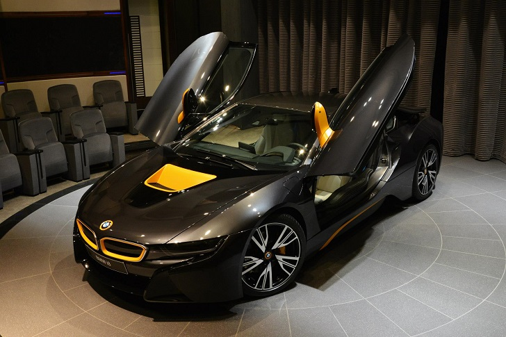 Individual Bmw I8 With Yellow Highlights Shows Up In Abu Dhabi