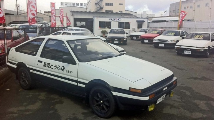 initial d toyota ae 86 replicas at special shop in japan autoevolution. Black Bedroom Furniture Sets. Home Design Ideas