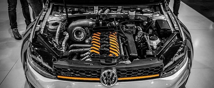 Is This A 1 000 Hp Golf Gti With A Longitudinal Phaeton R32 Swap Autoevolution
