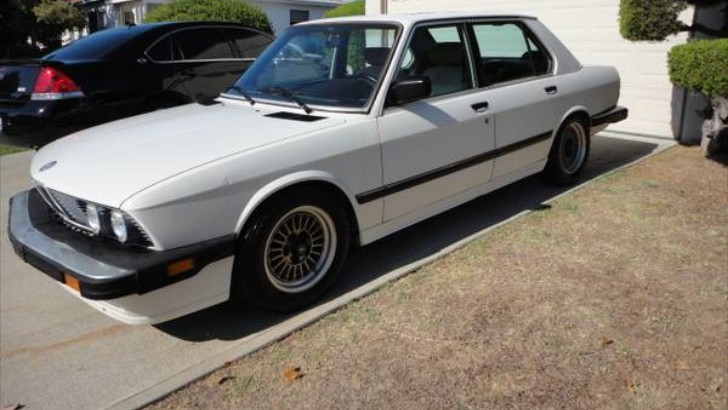 is this bmw e28 535i worth 5 000 autoevolution. Black Bedroom Furniture Sets. Home Design Ideas