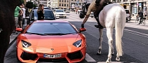 Is This Cop Fining a Lamborghini Driver while on a Horse?