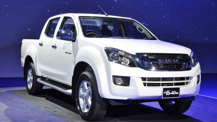 Isuzu Unveils New D-MAX Pickup Based on 2012 Colorado