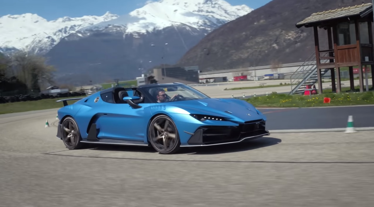 Italdesign Zerouno Duerta Shows Off With The Targa Top Off