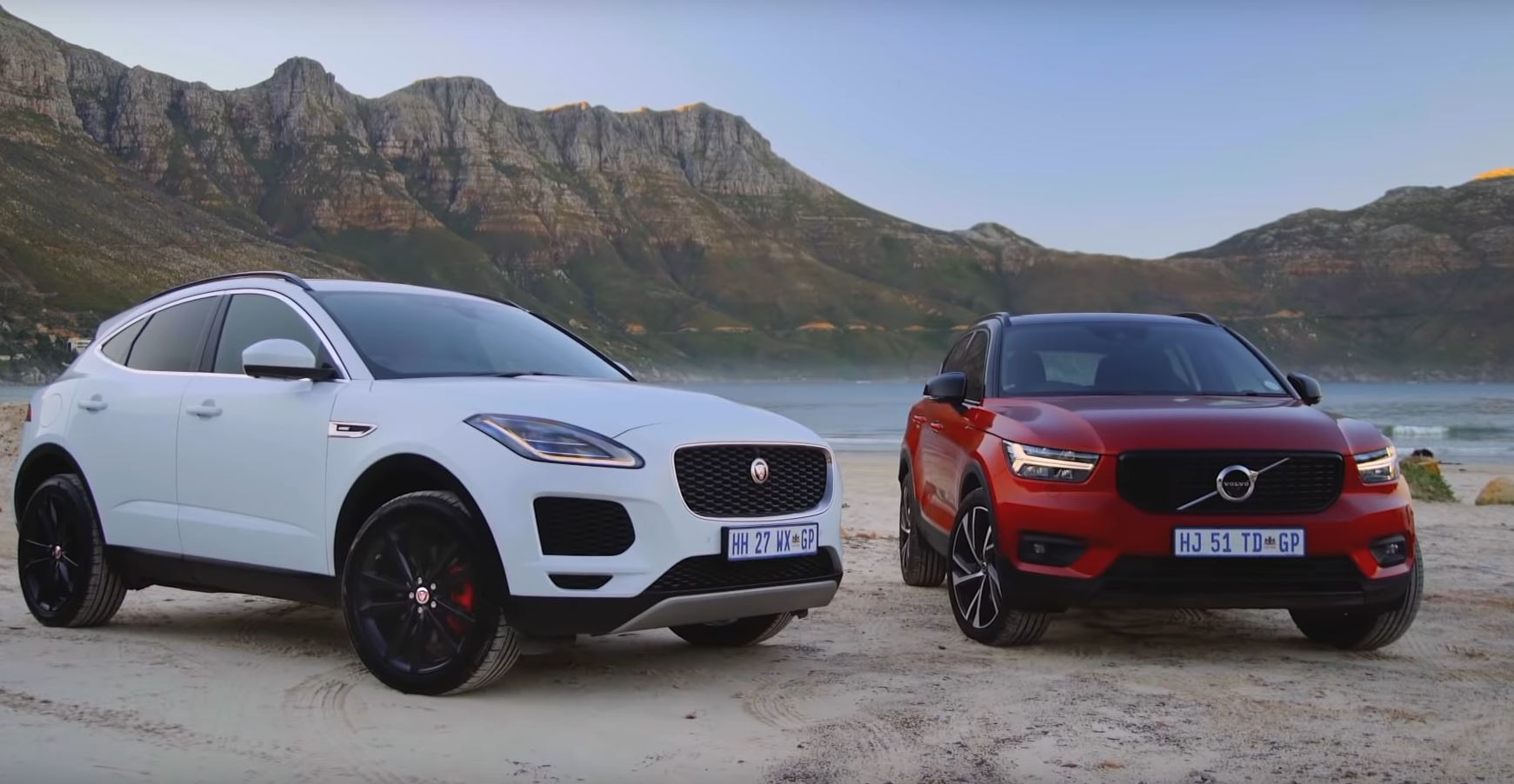jaguar e pace does luxury better than volvo xc40 has more charging ports too autoevolution. Black Bedroom Furniture Sets. Home Design Ideas