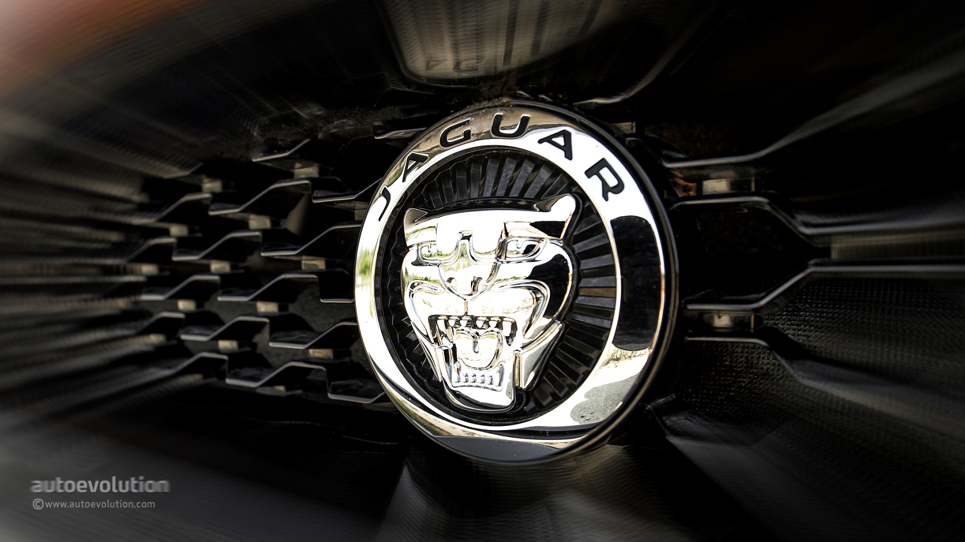Jaguar to Drop Supercharged V6 for Turbo Straight Six, May