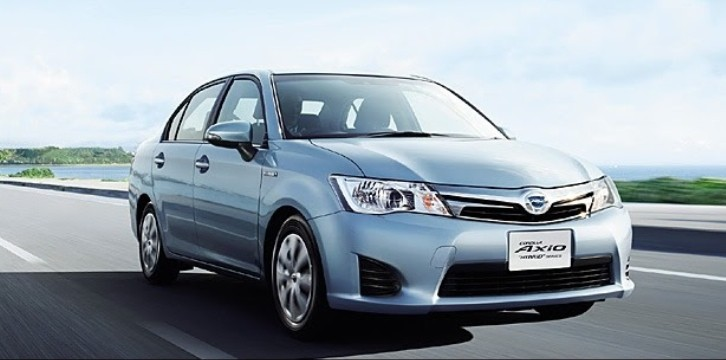 Japanese Toyota Corolla Hybrids - Pics and Price [Photo Gallery]