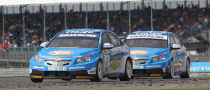 Jason Plato and Chevrolet Cruze to Defend BTCC Title in 2011