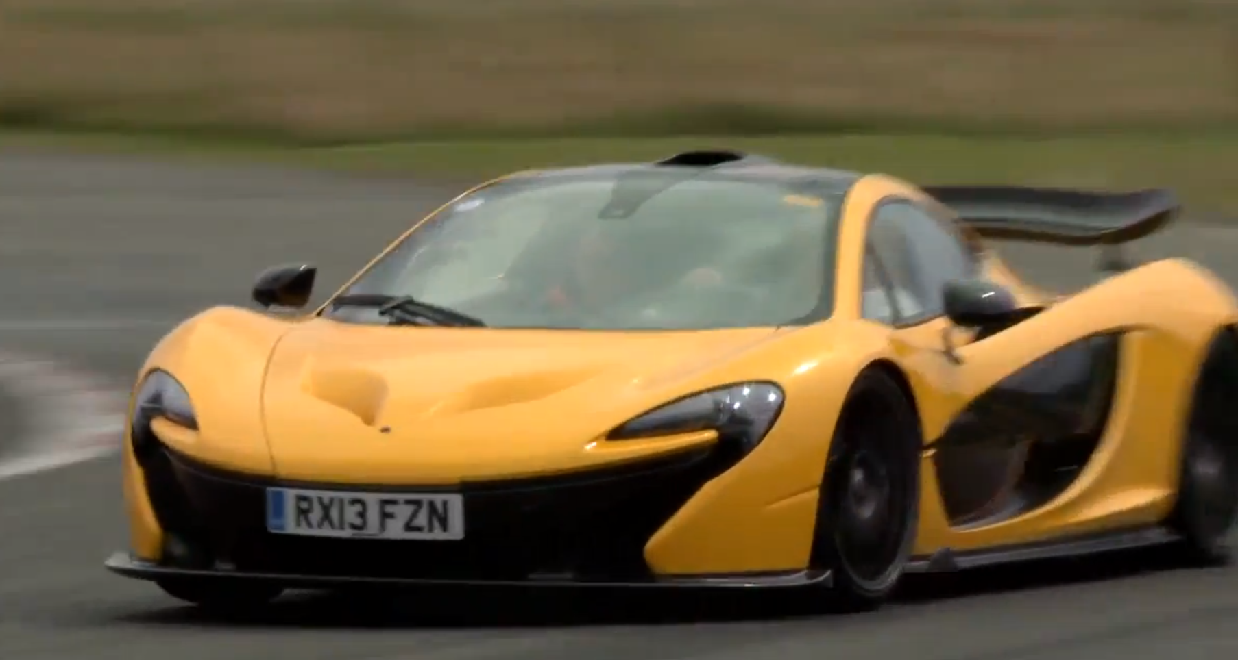 jay leno drives mclaren p1 on top gear track says he ordered one autoevolution. Black Bedroom Furniture Sets. Home Design Ideas