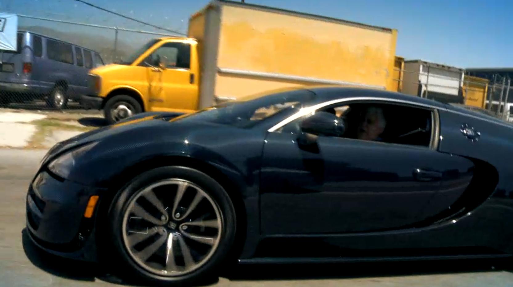 jay leno tests bugatti veyron 16 4 super sport autoevolution. Black Bedroom Furniture Sets. Home Design Ideas