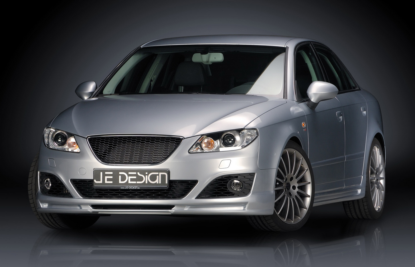 je design debuts aftermarket seat exeo sedan autoevolution. Black Bedroom Furniture Sets. Home Design Ideas