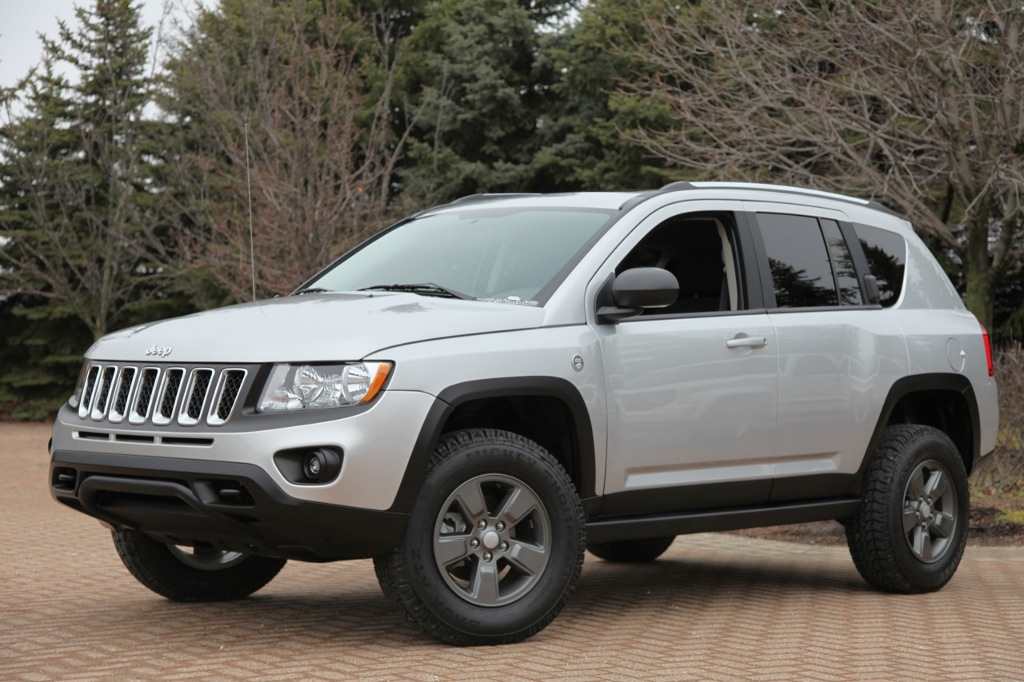 2017 Jeep Cherokee Lifted >> Jeep Compass Canyon Introduced by Mopar - autoevolution