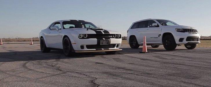 jeep grand cherokee trackhawk vs challenger hellcat widebody drag race is brutal autoevolution. Black Bedroom Furniture Sets. Home Design Ideas