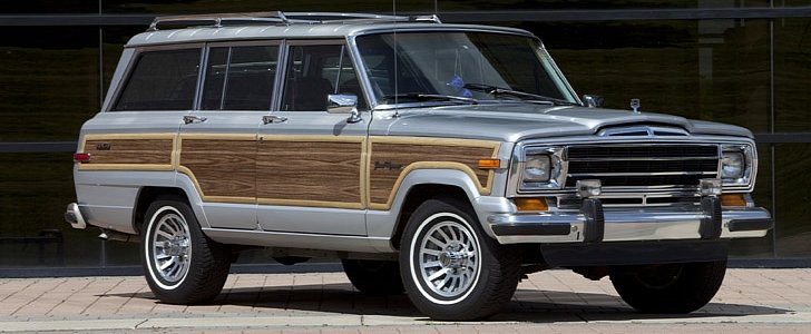 Jeep Grand Wagoneer Front and Rear Revealed by Leaked Poster, Looks Huge