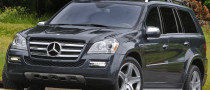 Jennifer Garner Drives Her Children in a Mercedes-Benz GL550 SUV