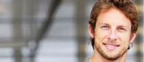 Jenson Button Shaves Beard as He Turns 30