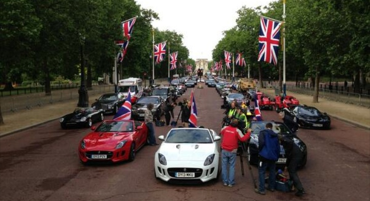 "Jeremy Clarkson Posts Photo of ""Best of British"" Shoot"