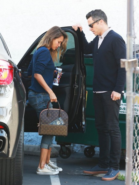 Jessica Alba And Husband Cash Warren Upgrade To A Bmw X6