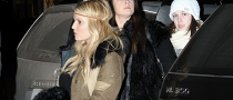Jessica Simpson Goes the Mercedes ML350 Way in Aspen