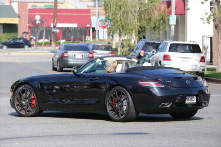 Jessica Simpson's Dad Rolling in an SLS AMG GT Roadster