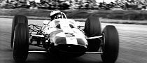 Jim Clark Honored at Silverstone Classic