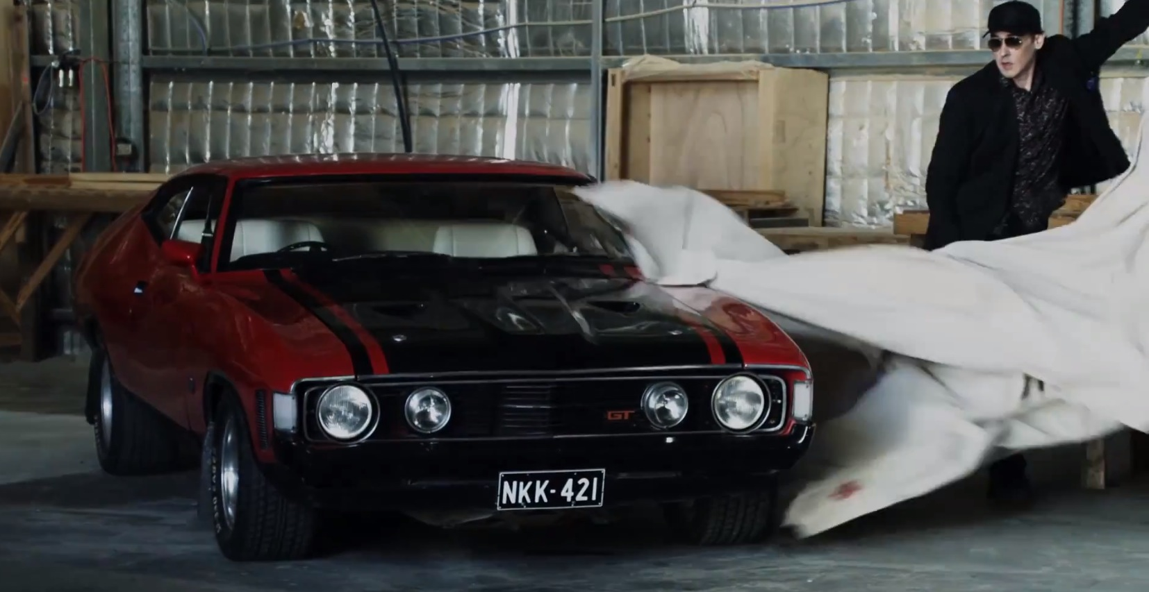 John Cusack Uses Mustang And Falcon As Getaway Cars In Drive Hard