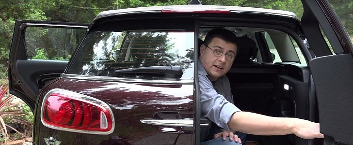 journalist locks himself in mini clubman trunk so you don t have to   autoevolution